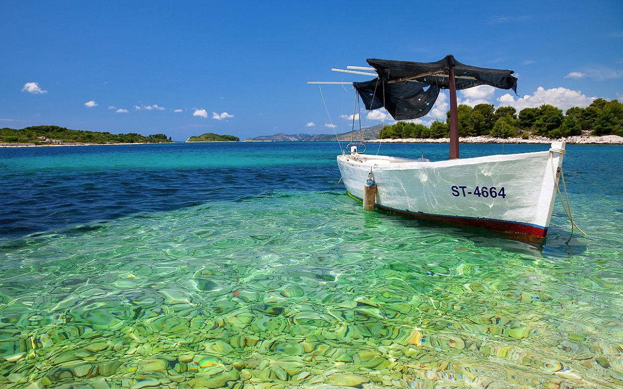croatian_boat_hd_widescreen_wallpapers_2560x1600 WEB